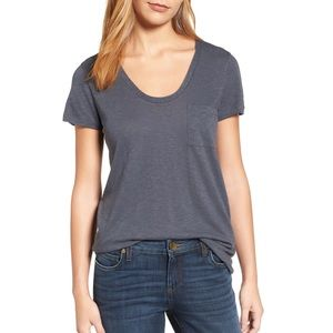 NWT Nordstrom Caslon Rounded V-Neck tee